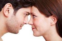 Menschen kommunizieren über die Nase