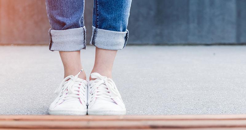 Fußdeo und Spray gegen Schweißfüße