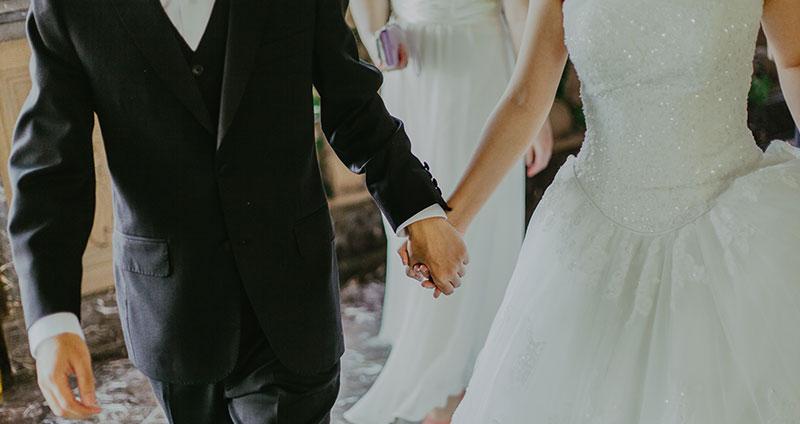 Schwitzen unter dem Brautkleid