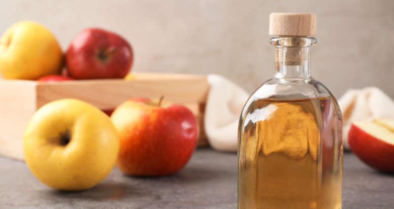 Apfelessig gegen Schwitzen und Schweißgeruch