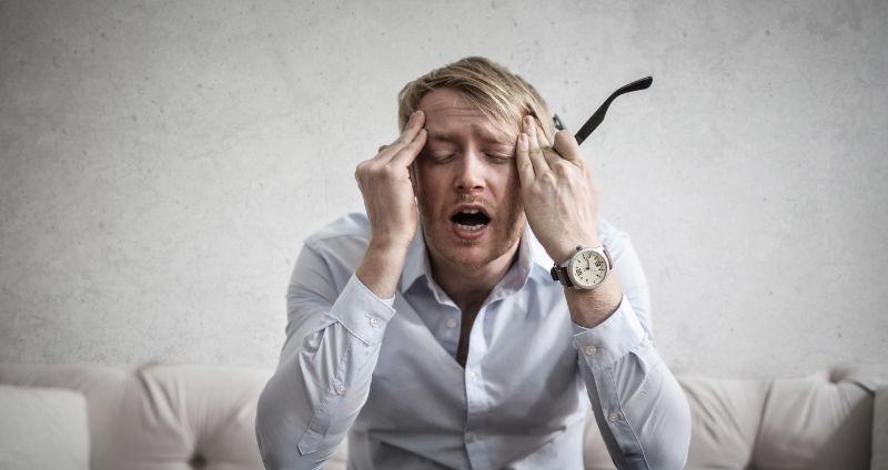 Schwitzen bei Aufregung & Stress vermeiden